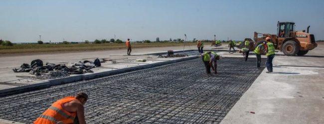 В аэропорту Запорожья заканчивают ремонт взлетно-посадочной полосы