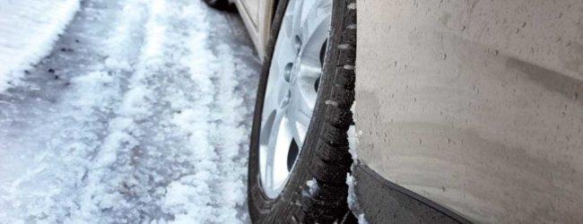 В Запорожской области из-за непогоды автомобили оказались в ловушках