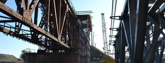 В Запорожской области открыли обновлённый железнодорожный мост