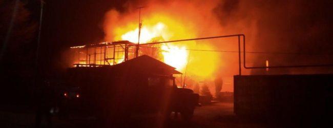 В Приазовском районе горел дом: есть погибшие (ФОТО)