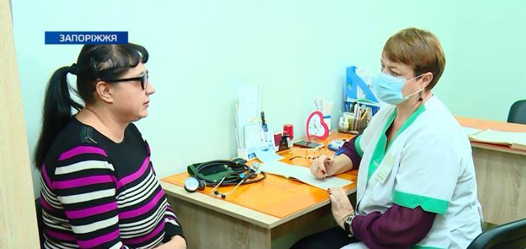 До центрів медичної допомоги Запорiжжя все частіше звертаються пацієнти з вірусними захворюваннями