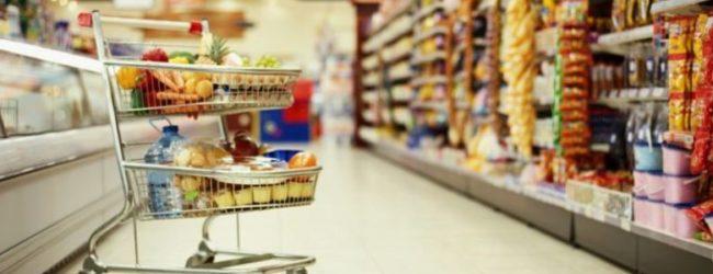 Что скупают запорожцы в магазинах накануне Нового года