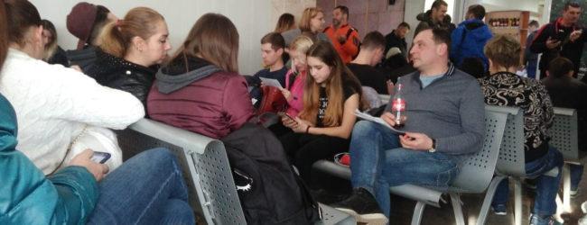 """В аэропорту Запорожья """"взбунтовались"""" недовольные пассажиры"""