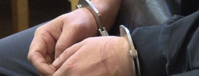 В Запорожье конфликт межу двумя мужчинами закончился ножевыми ранениями