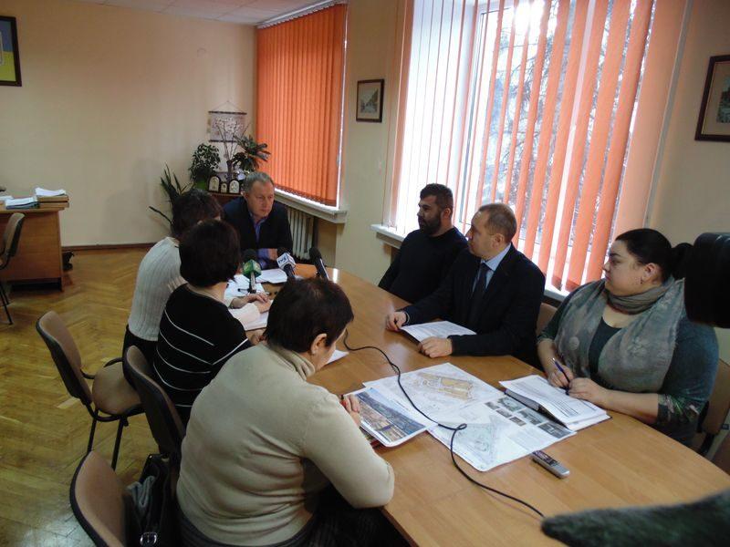 совещание в Александровской райадминистрации - по фасадам домов