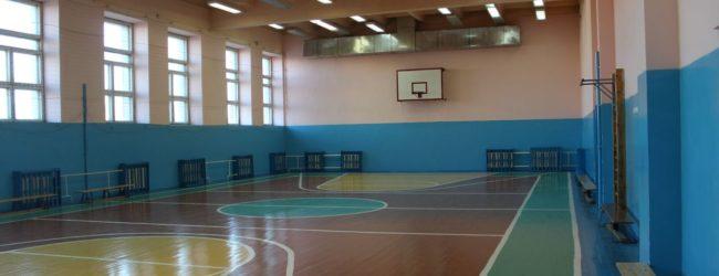 В Запорожской области на физкультуре травмировалась шестиклассница
