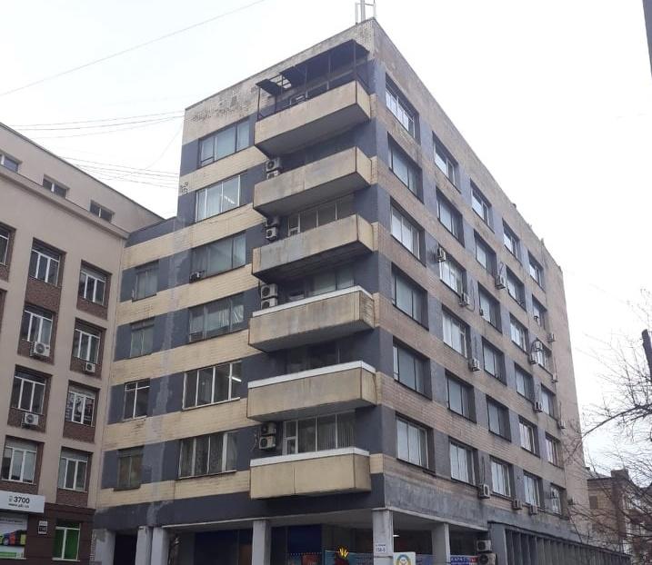 В госсобственность вернули многоэтажку в районе площади Фестивальной