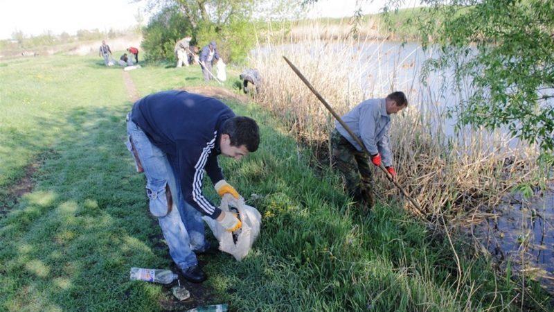 берега речки Гайчур очистят от мусора