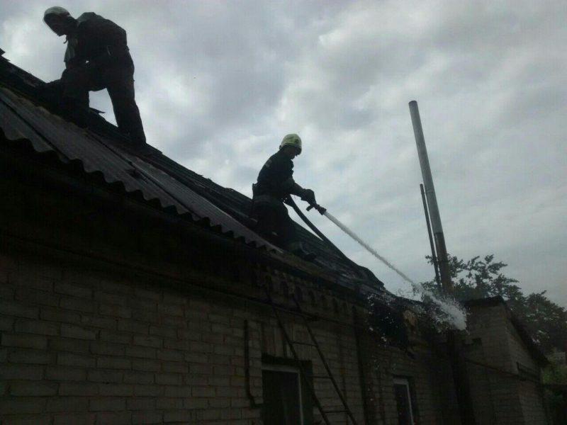 В Шевченковском районе горел частный дом