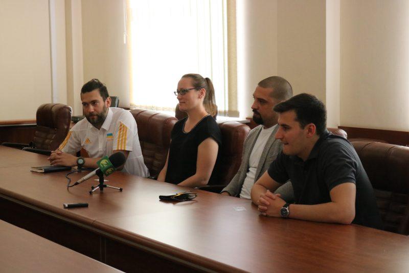 Сегодня мэр Запорожья Владимир Буряк встретился с членами инспекции