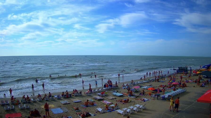 Пляж в Кирилловке сегодня утром / скриншот с сайта kirillovka.ks.ua