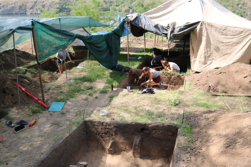 Юные археологи на Хортице