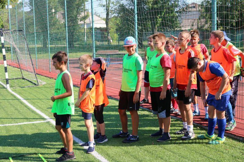 Запорожские дети могут бесплатно заниматься футболом