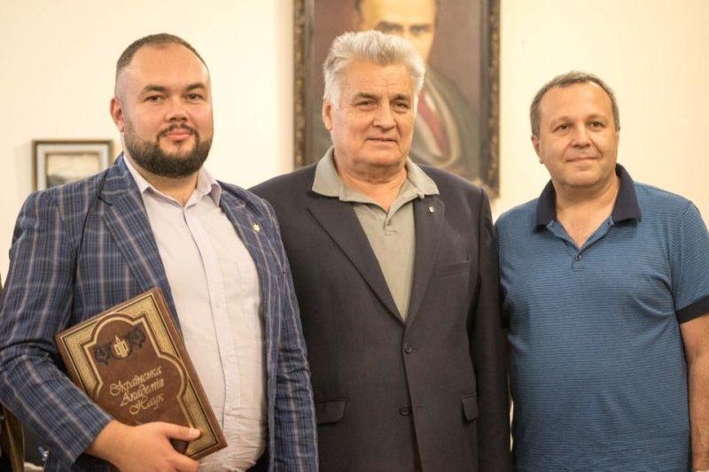 Лепский Максим после вручения диплома