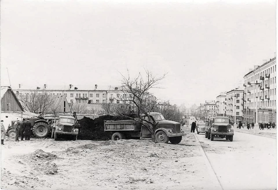 Проспект Соборный в 1958-м году. Фото: Яков Михайлович Чернов