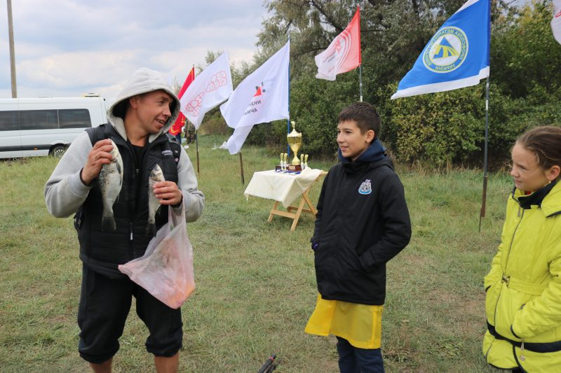 Рыбацкий чемпионат металлургов и других предприятий