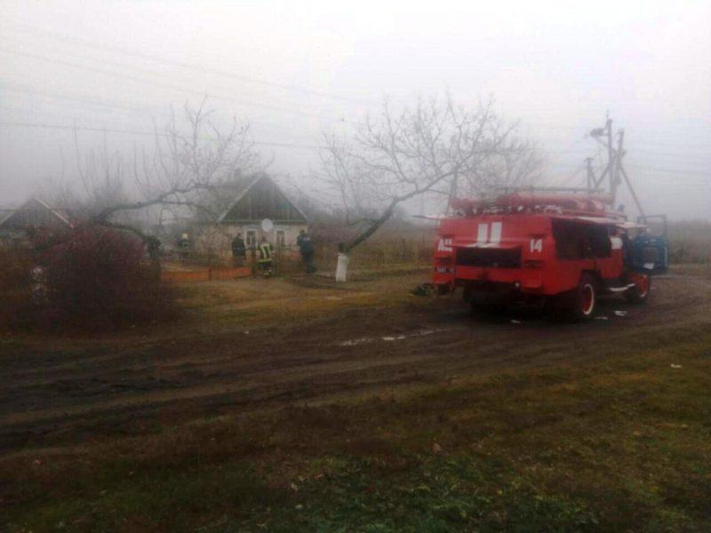 В Запорожской области едва не сгорел жилой дом