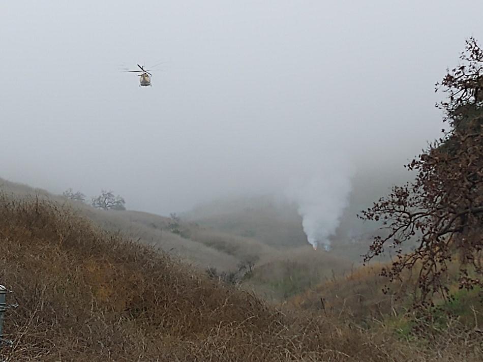 Место крушения вертолета Коби Брайанта