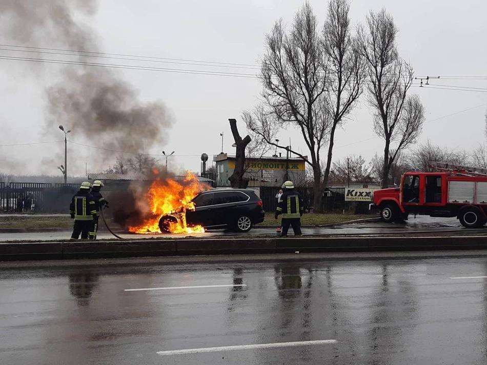 Спасатели торопились на этот пожар / фото: fb Головне управління ДСНС України у Запорізькій області