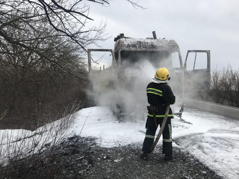 "На трассе ""Энергодар-Бердянск"" загорелся грузовик ""МАЗ"""
