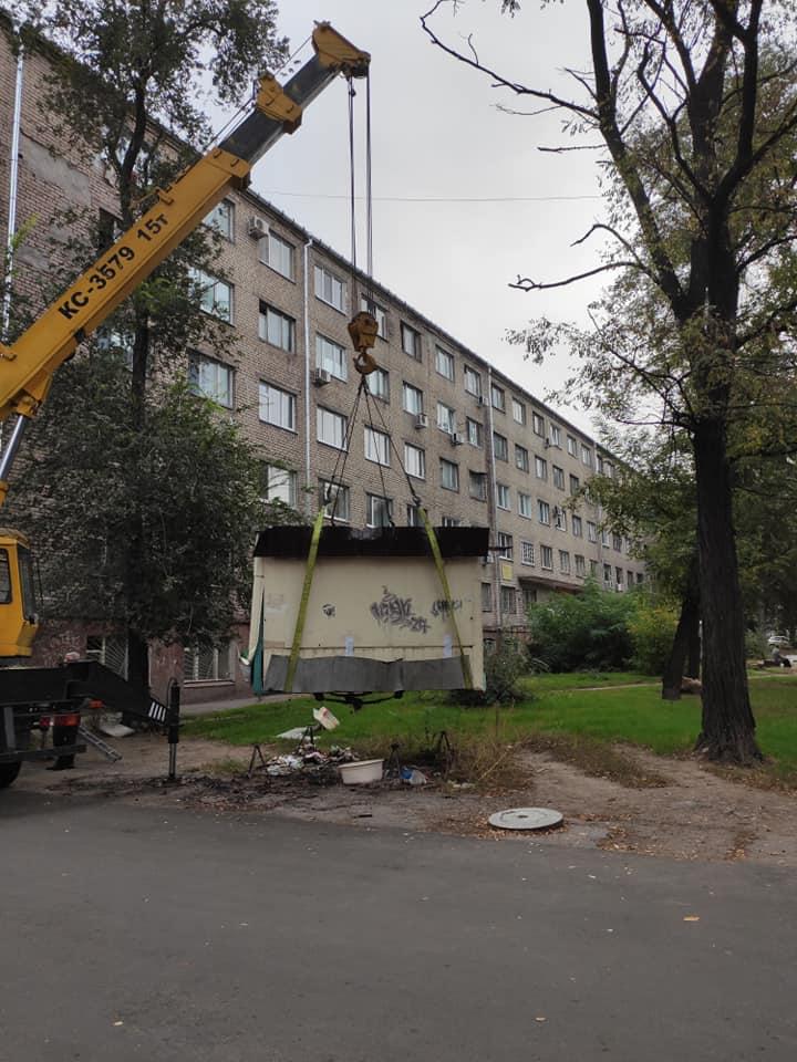 В Вознесеновском районе продолжаются работу по демонтаже незаконных МАФов