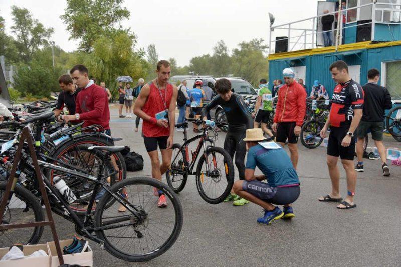 Организация молодежи Запорожской АЭС провела соревнования по триатлону