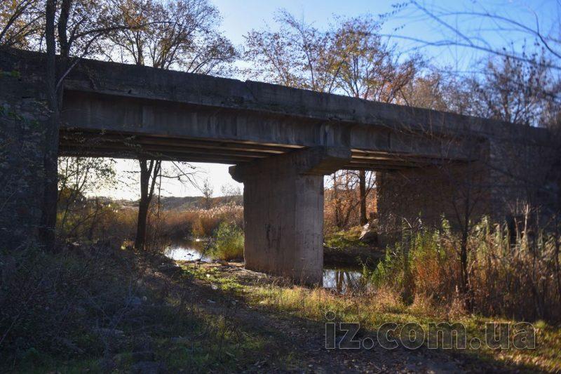 мост к карьеру