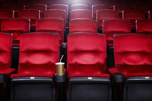 В Запорожье открыли кинотеатры: правила посещения и что можно посмотреть (ФОТО)