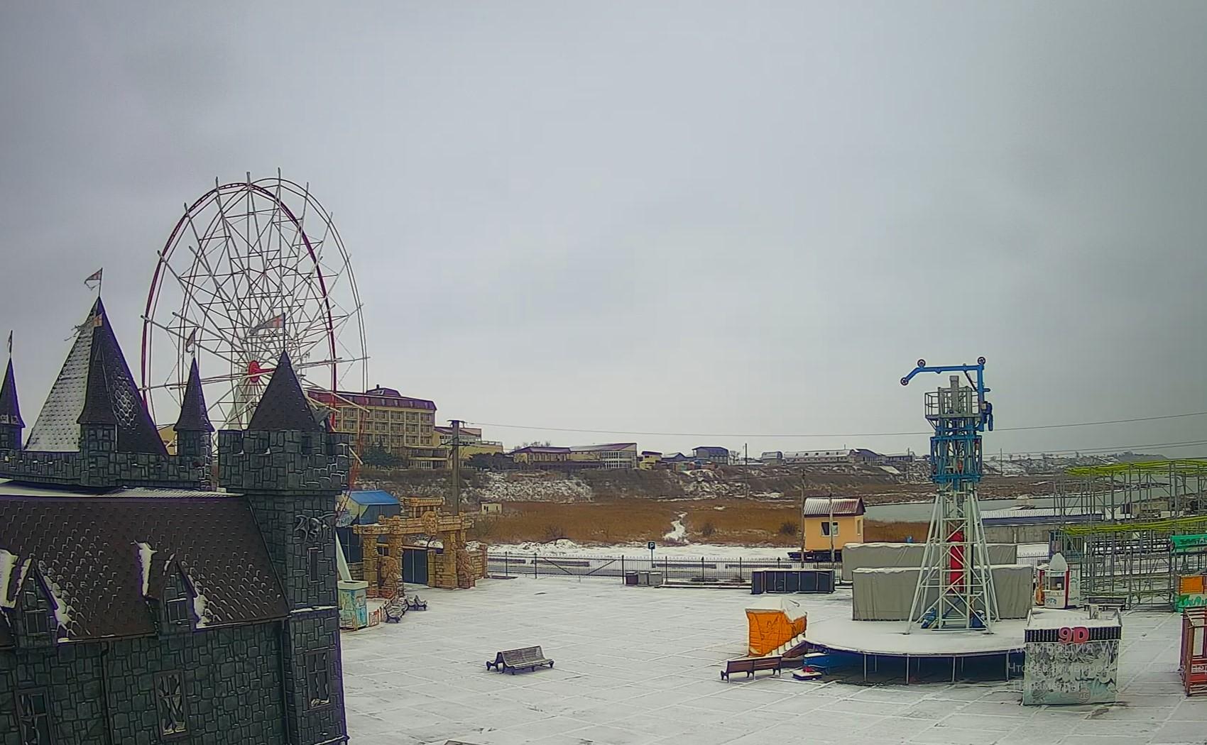 Кирилловка в снегу: в сети показали, что происходит на популярном запорожском курорте (ФОТО, ВИДЕО)
