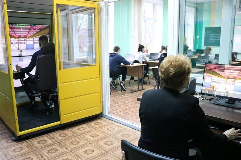 навчальний центр з підготовки машиністів крана