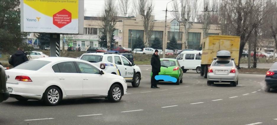 В Запорожье на Каховской произошло ДТП (ФОТО)