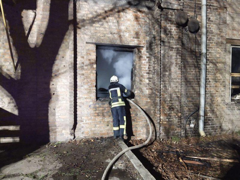 Пожар в трехэтажном доме возник на улице Круговой