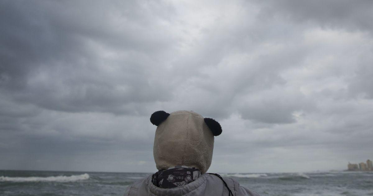 Грядет шторм: Запорожье и область накроет непогодой