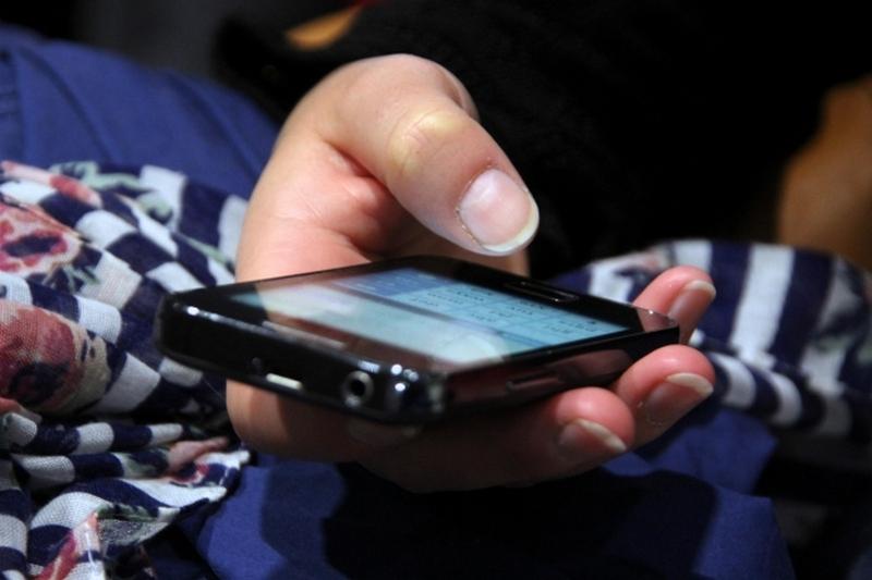 Избили и украли телефон: в центре Запорожья полиция поймала пару грабителей (ФОТО)