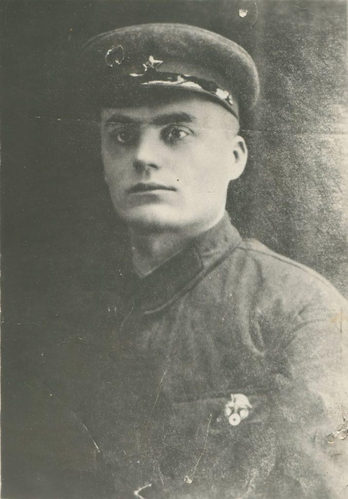 Оксентій Мусієнко в армії