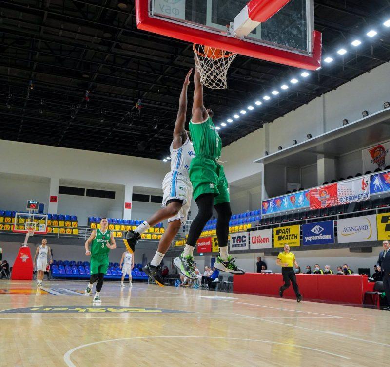 Стопроцентный результат в Каменском наших баскетболистов