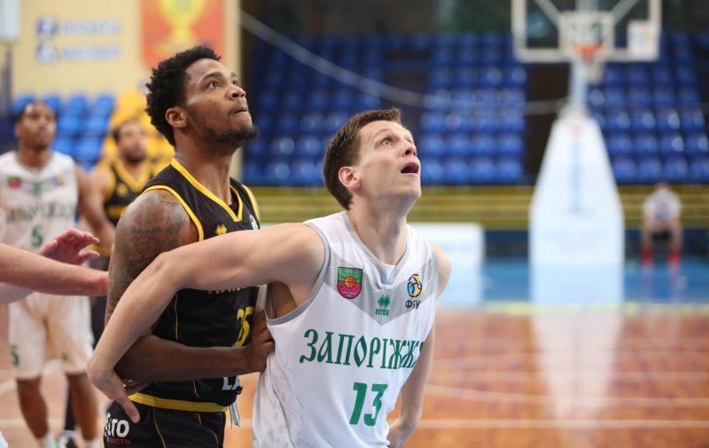 БК «Запорожье» «выгрыз» потрясающую победу у «Киев-Баскета» в четвертьфинале Кубка Украины