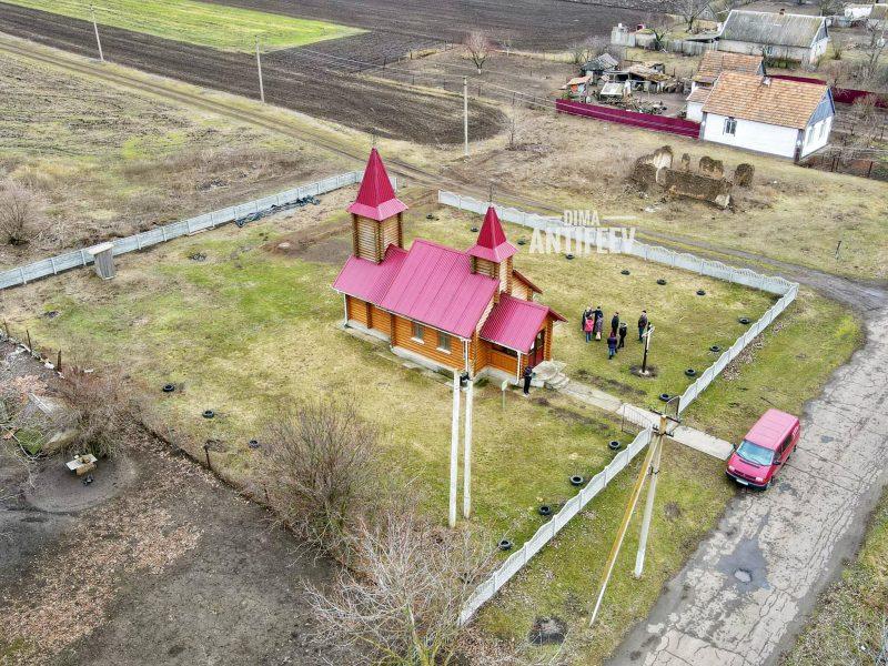 Как выглядит деревянный храм в селе Запорожской области, в котором были колонии меннонитов