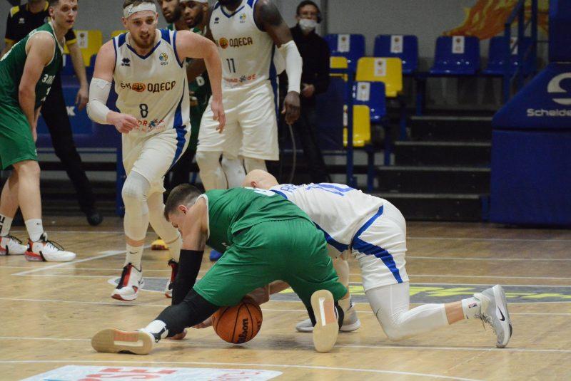 БК «Запорожье» собрался после неудачи в полуфинале Кубка Украины и одолел «Одессу»