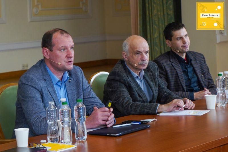 """Программа """"Ринат Ахметов – Спасение жизней"""": Масштабные национальные проекты в сфере здравоохранения"""
