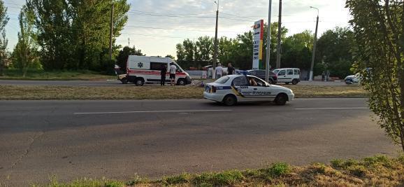 В Бердянске иномарка сбила велосипедиста: мужчина в тяжелом состоянии (ФОТО)