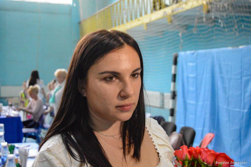 тренер відділення художньої гімнастики ДЮСШ «Хвиля» Яна Кондратова.