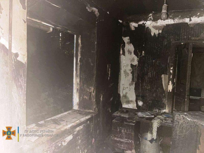 В Мелитополе возник пожар в пристройке к частому дому