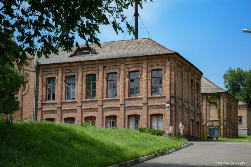 Замок Катарины Вальман и дуб: знаковые места, с которыми связана история меннонитов в Запорожье