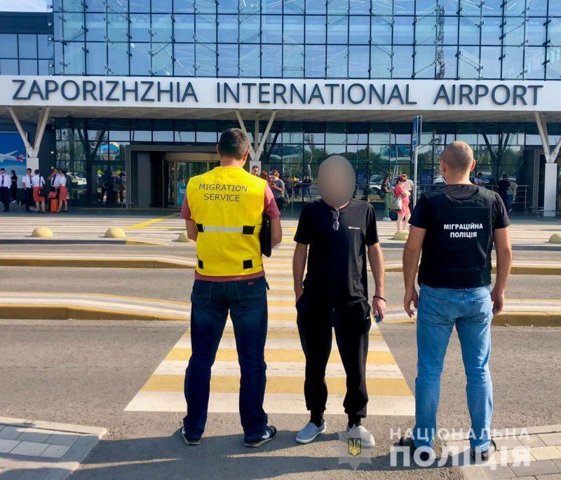 Грузину запретили въезд в Украину сроком на пять лет