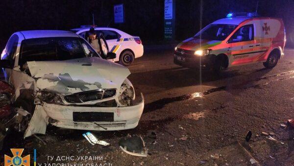 В Запорожье произошло серьезное ДТП: пострадало четыре человека (ФОТО)