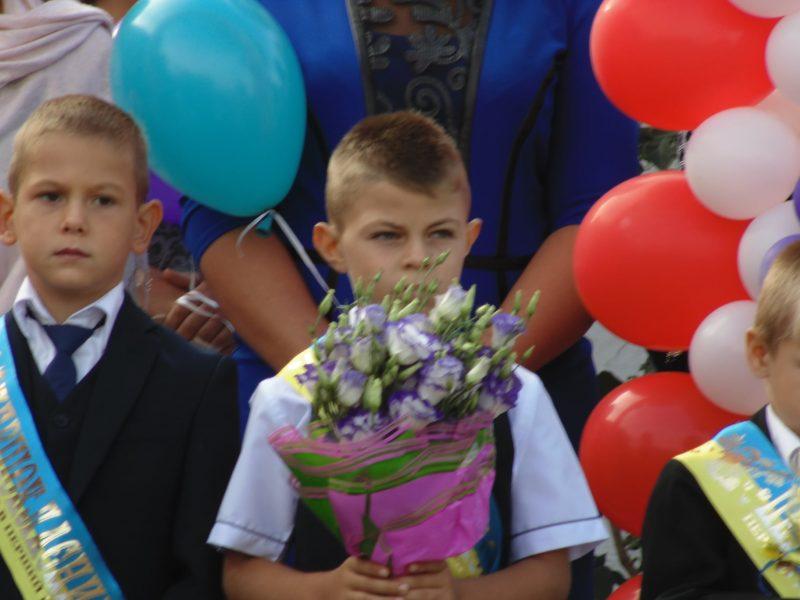 ученик «на удаленке»вспомнил родное село,школу и 1 сентября