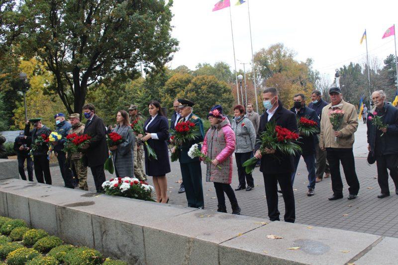 Запорожье отмечает 78-ю годовщину освобождения от нацистских захватчиков