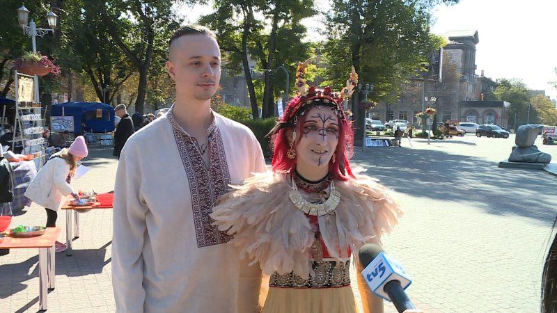 апорожская группа популяризирует украинский фольклор и традиции предков