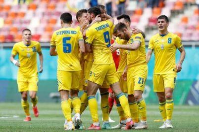 24-familii-v-sbornuyu-ukrainy-vyzvali-futbolistov-pered-otborom-na-chempionat-mira.jpg
